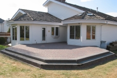 Northern Cobble paving stone patio